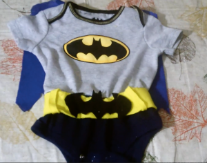 That's all that's to it. Add some leggings or pants. You've got your very own little superhero ;)